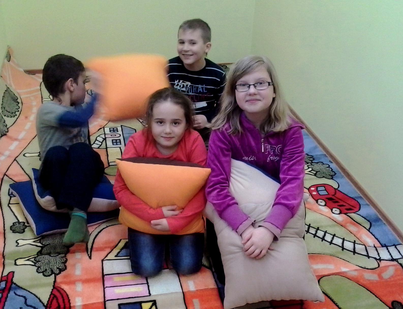 Pomoc dla Świetlicy, Pomoc dzieciom