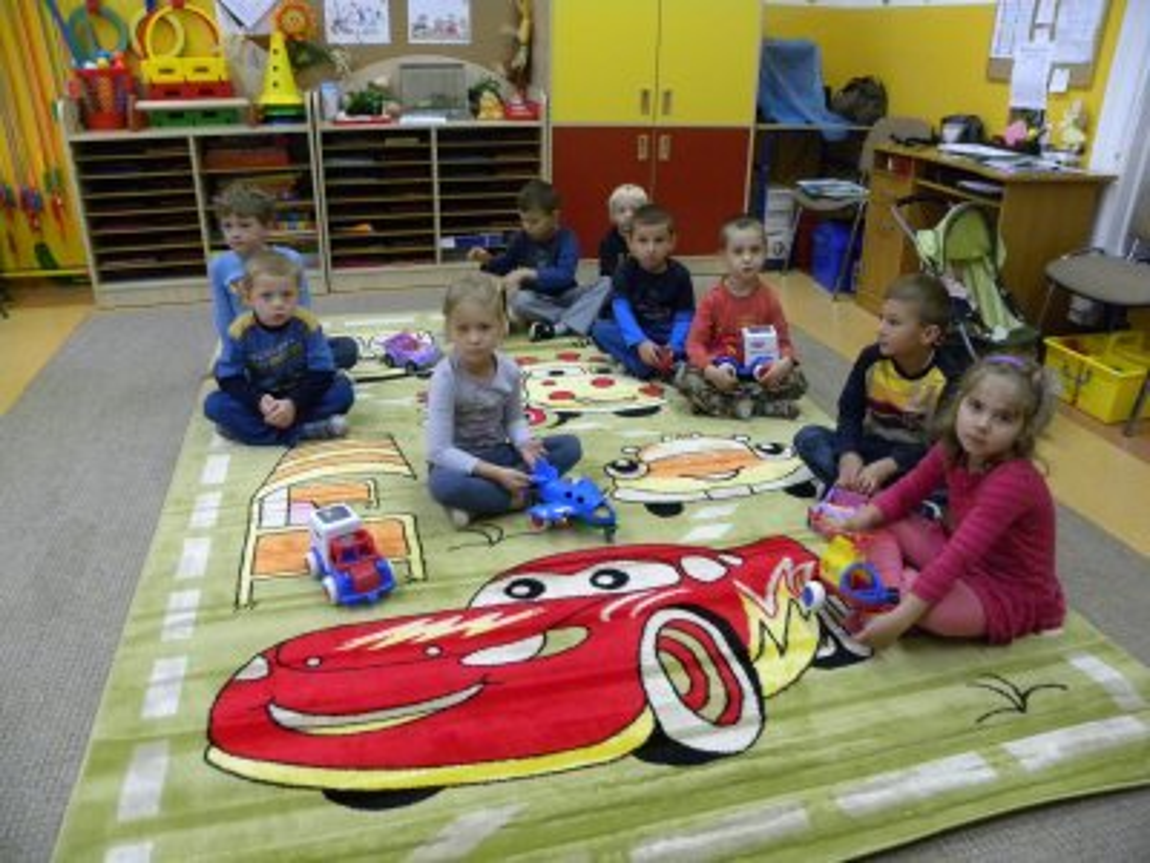 Przedszkole Dywan Cars zielone