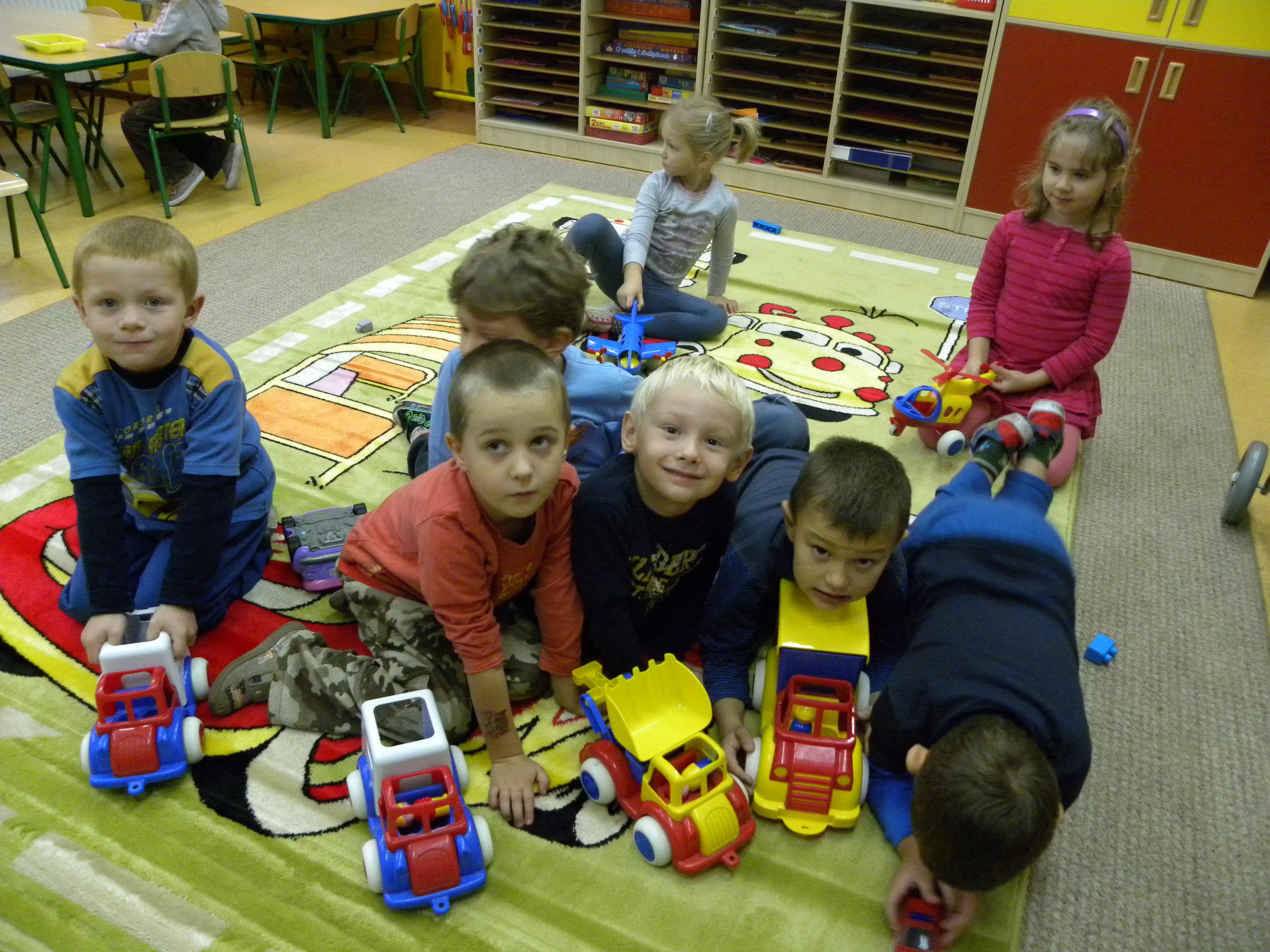Przedszkole Kamienna Góra, pomoc przedszkolu